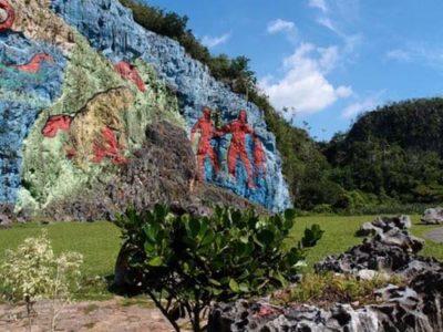 Vinales-gekleurde-rotsen